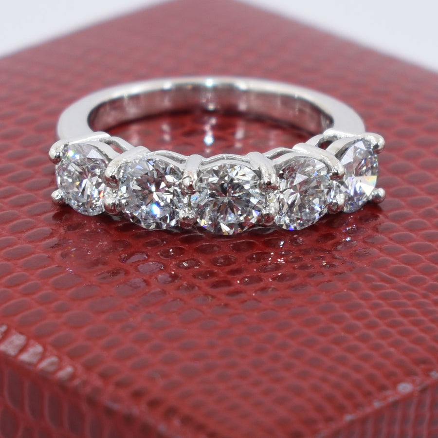 VVS White Diamonds Band Ring, 10 Pointer Each Great Luster & Shine - ZeeDiamonds