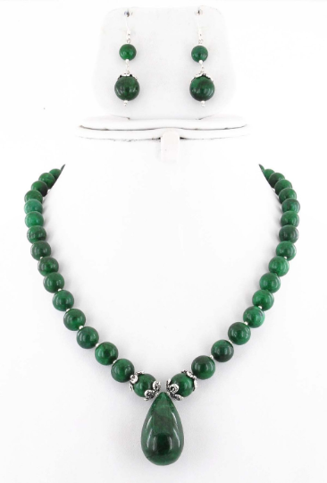 6-9 mm 100% Certified Emerald Cabochon Beads with Emerald Drop Necklace In Silver Clasp - ZeeDiamonds