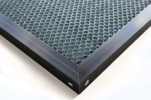 600mm x 400mm Honeycomb Bed