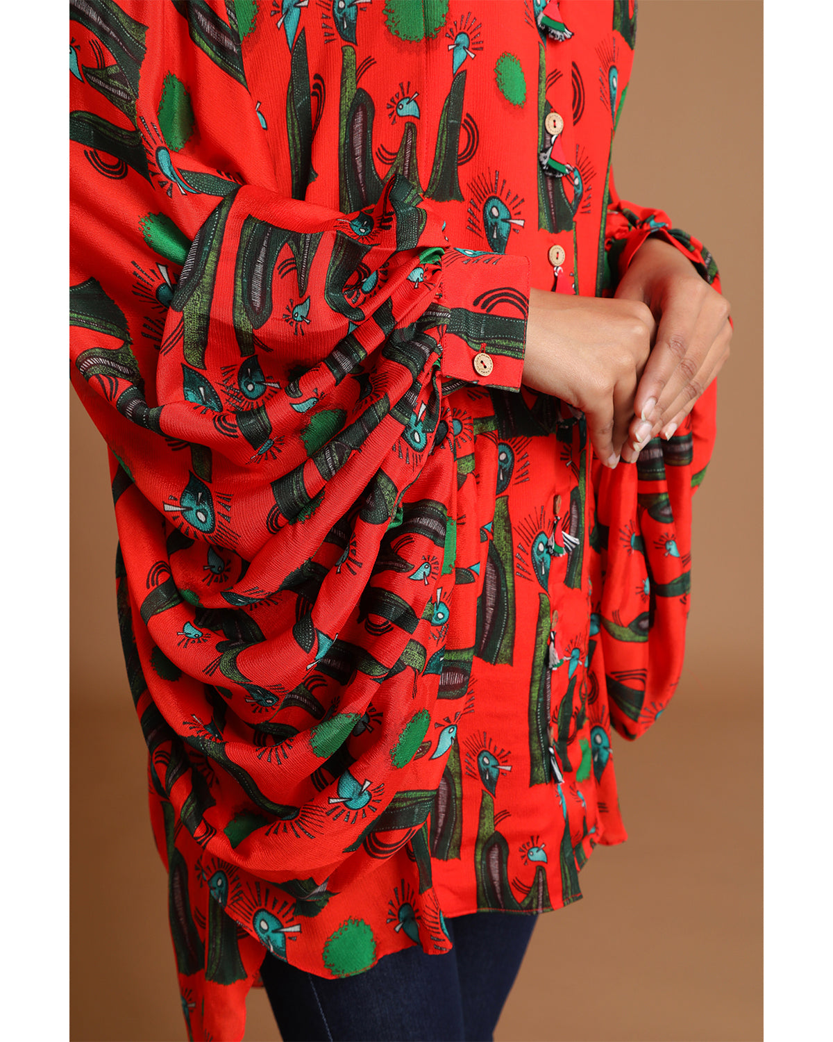Red and Black Printed Kurta with Balloon Sleeves