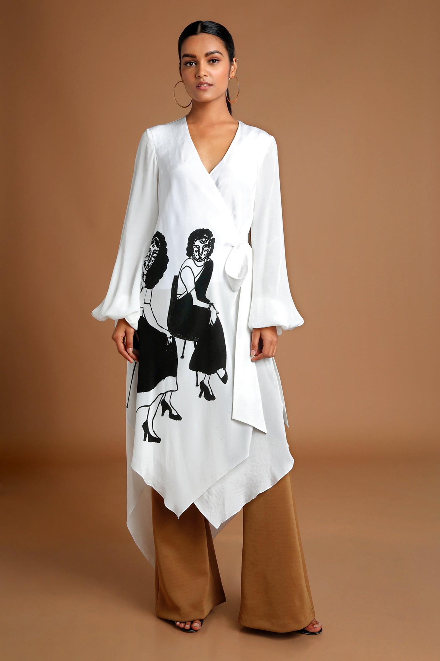 Two Ladies White Tunic Set | KYNAH x Masaba
