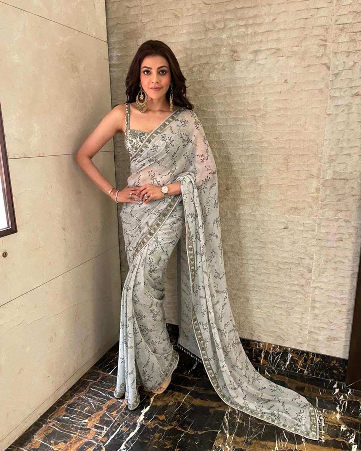 Mother of Pearl and Mint Print Sari Set