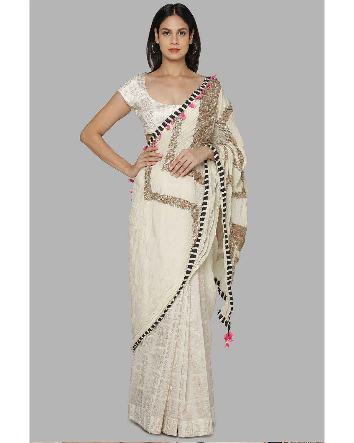 Ivory Bunch of Birds Sari