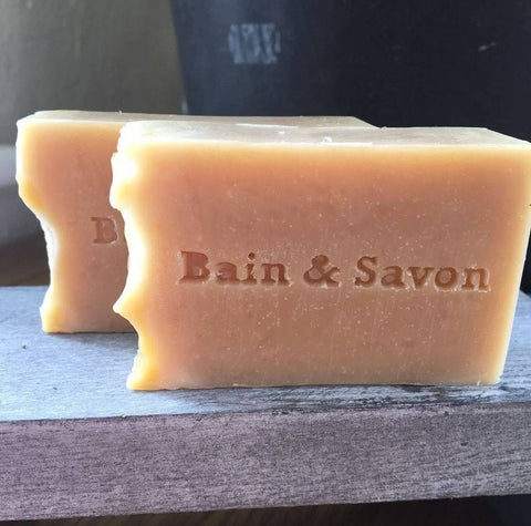 Bain & Savon-Botanical Shampoo Bar with Cornflower & Marshmallow Oil