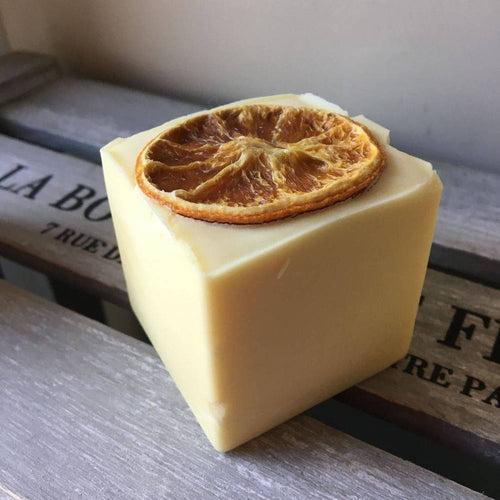 Bain & Savon-Zesty Orange Shampoo Bar - The Cruelty Free Beauty Box