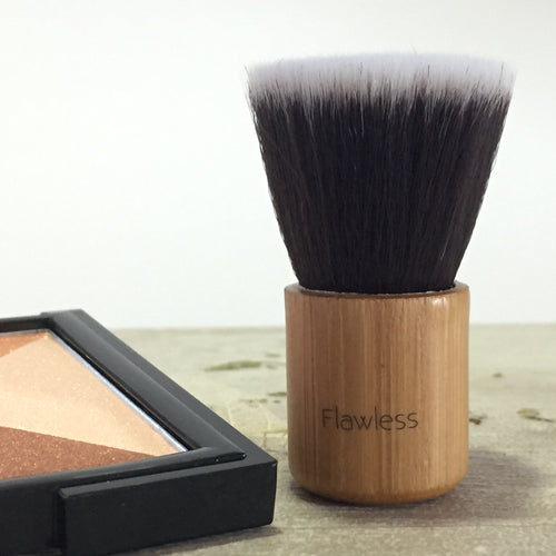 Flawless-Mini Kabuki Brush - The Cruelty Free Beauty Box