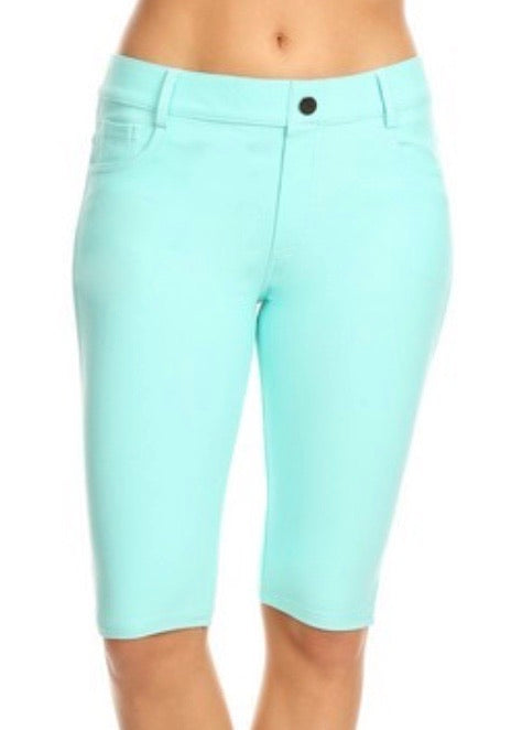 Jegging Shorts in Mint