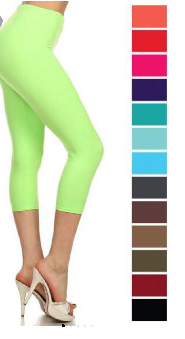 Capri Leggings in Lime