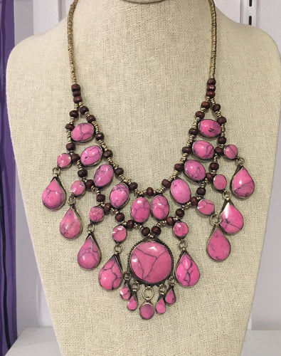 Jafar Necklace in Pink