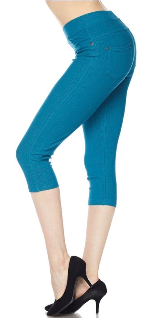 Jeggings in Capri Length in Teal