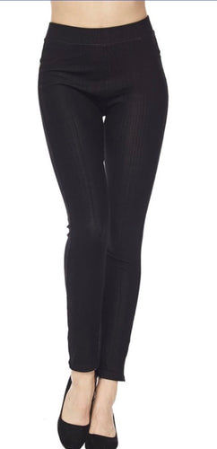 Jeggings in Ankle Length in Black