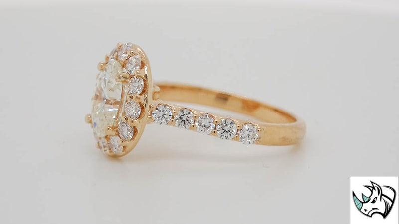 18kt Rose Gold My Halo featuring a 1.51ct J SI1 Elyque Oval