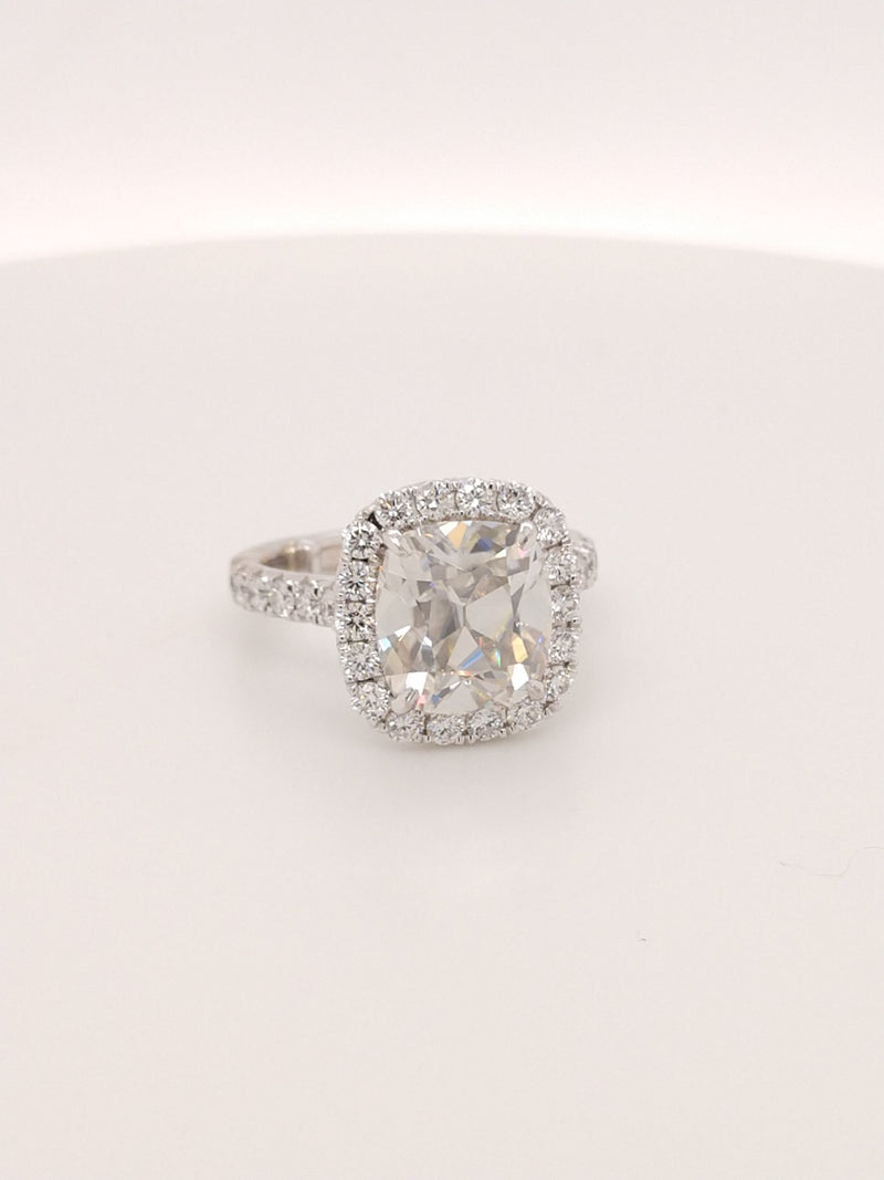 Henry Daussi Halo featuring a 4ct 10mm AVC moissanite