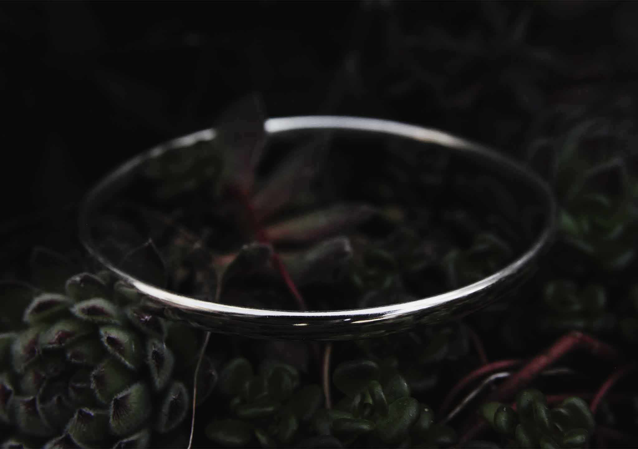 Oval Wire Bangle