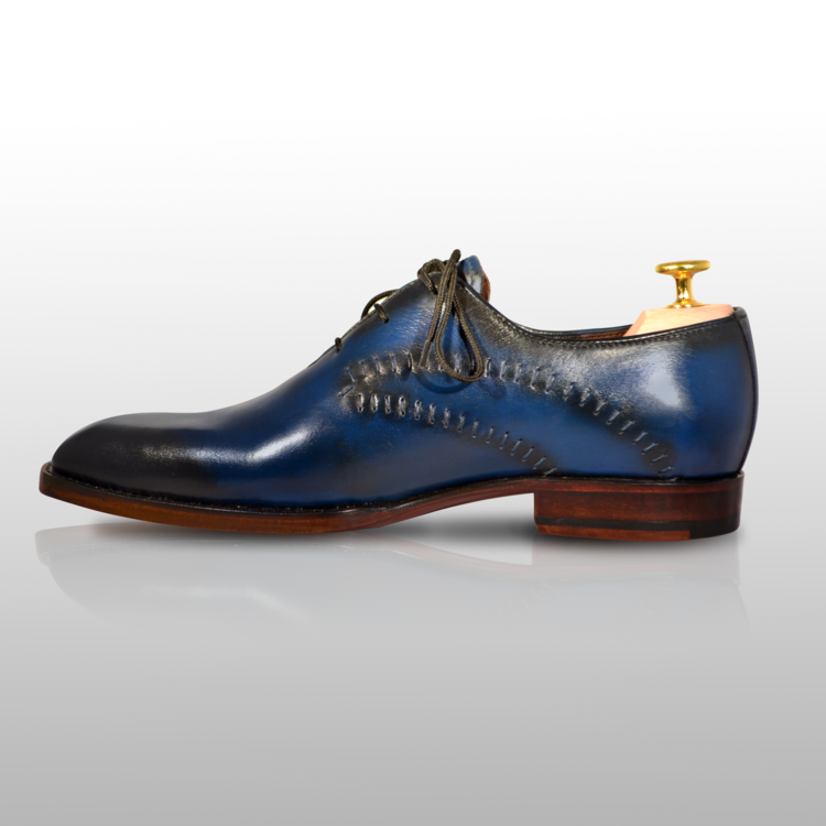 NERIUS - Unique Handcrafted Blue/Black Derby