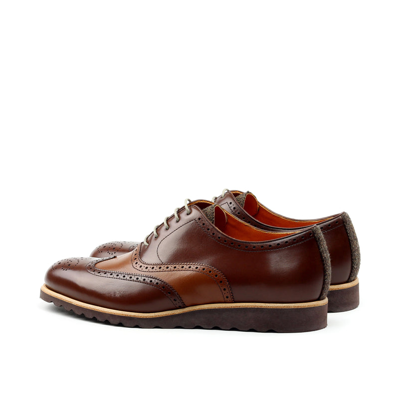 Unique Handcrafted Chestnut Brown Wingtip Oxford w/ Full Brogue