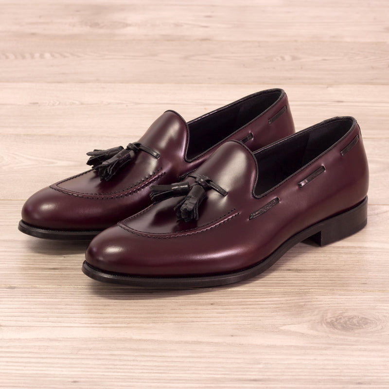 Unique Handcrafted Croco Black + Burgundy Polished calf Tasseled Loafer