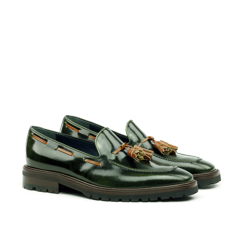 Unique Handcrafted Green Polish Calf Laceless Loafer w/ Tassles