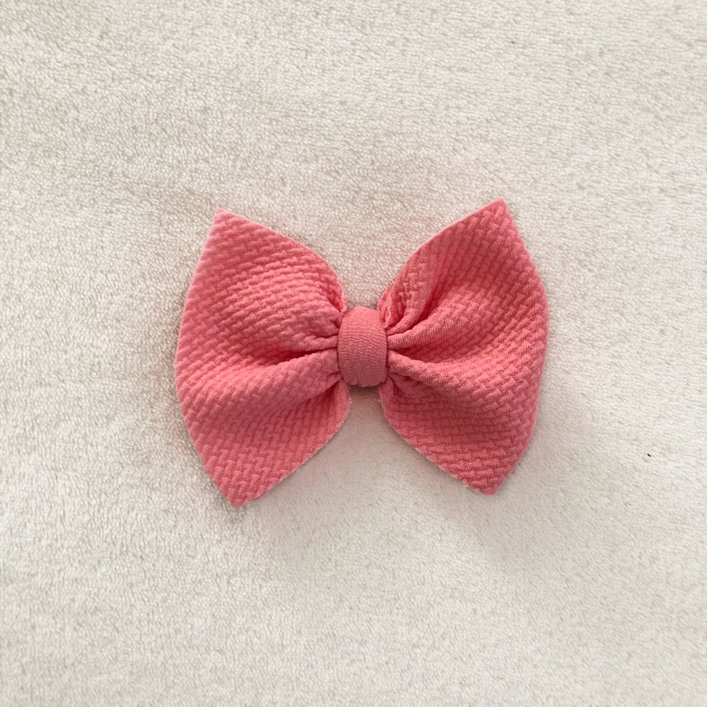 Bubble gum pink bow clip