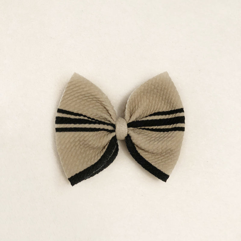 Jane bow clip
