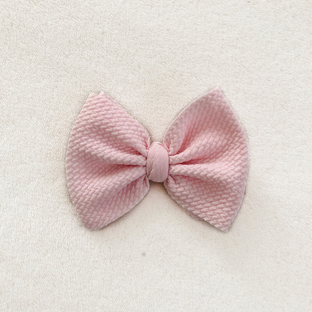 Baby pink bow clip