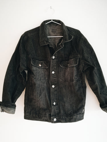 BLACK DENIM OVERSIZED JACKET