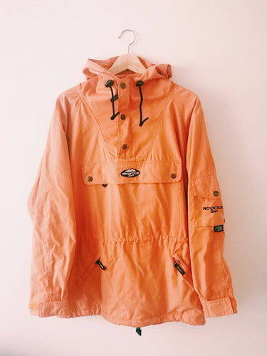 ORANGE JACKET MOUNTAIN SPORT