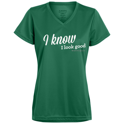 I Know I Look Good V-neck T-Shirt