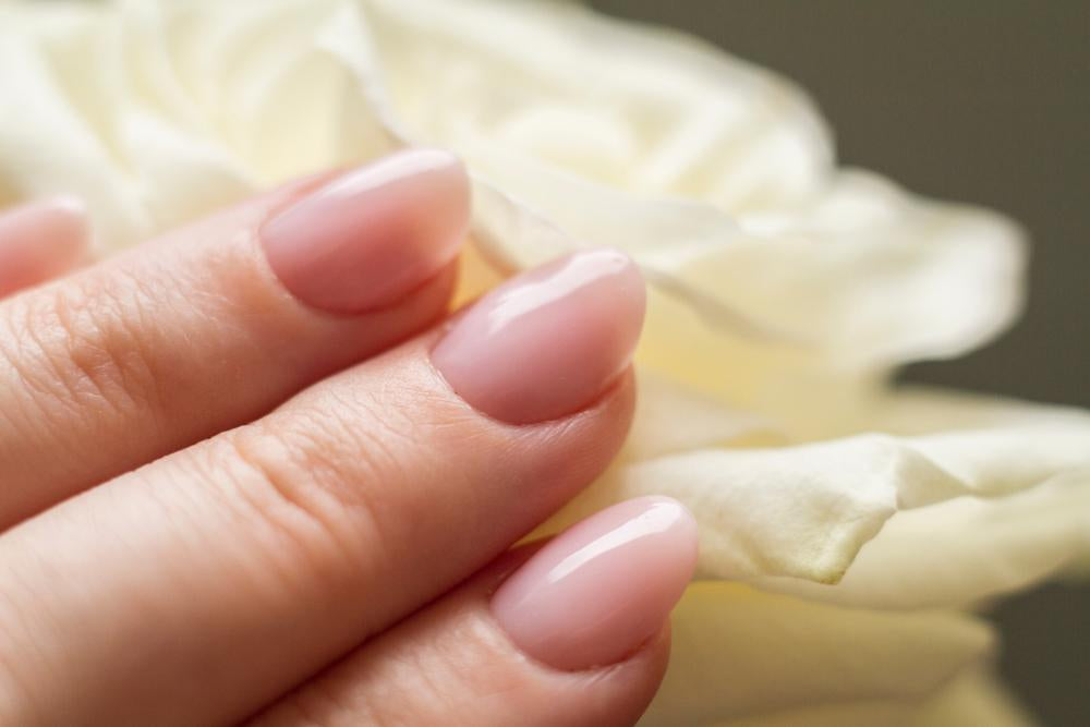 6 Practical Tips for Naturally Beautiful Nails