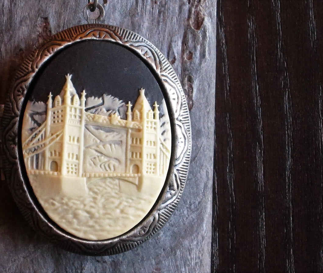 London cameo locket necklace