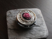 Rose cameo pill box