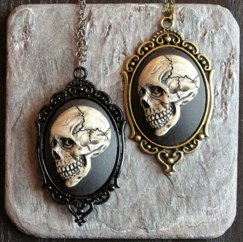 Skull necklace halloween in antique brass delicate industry