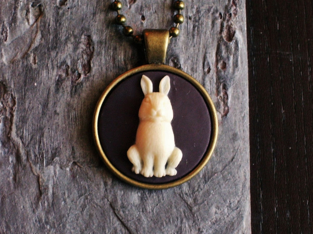 Small bunny cameo necklace