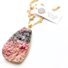 Pink and Purple Druzy Necklace.Matte Gold Chain. FAST Shipping w/ Tracking for US Buyers. Will Arrive to you in a Gift Box w/ Ribbon.