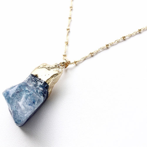 Paige Quartz Necklace