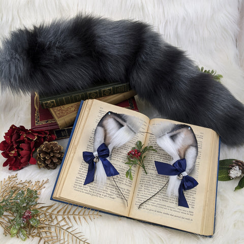 Grey holiday kitten set
