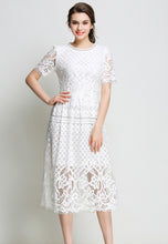 Round Neck Short Sleeve Lace Pleated Dress