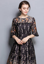 Printed 3/4 Length Sleeve One-Piece A-Word Dress