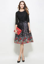 Printed Lace Elbow Length Sleeve Dress