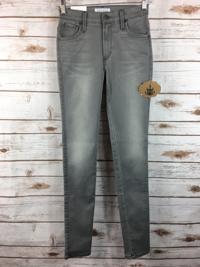 JAMES JEANS Gray TWIGGY Legging Denim (26) NEW - The Paper Chandelier
