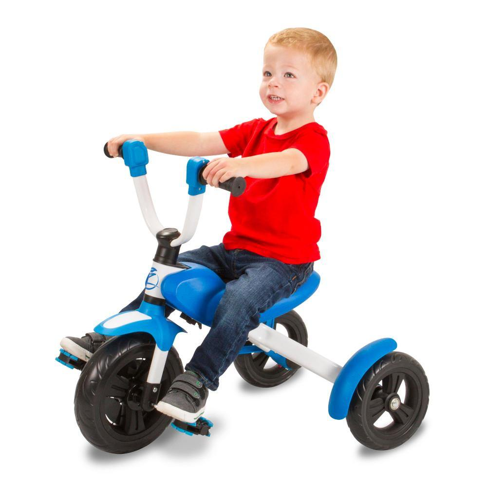 Pumpanickel Sports Shop Buy Zycom zTrike foldable kids tricycle Blue for boys and girls age 1.5 to 5 years. Great 1st pedal trike for kids