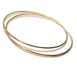 ESSENTIAL style - Fabulous 70mm 10K Yellow Gold Hoops