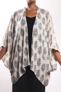 Boho Cape 3/Cream Paisley-No Border