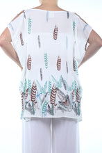 Load image into Gallery viewer, Boho Poncho Short/White Feather