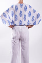 Load image into Gallery viewer, Jap Top/Blue Paisley