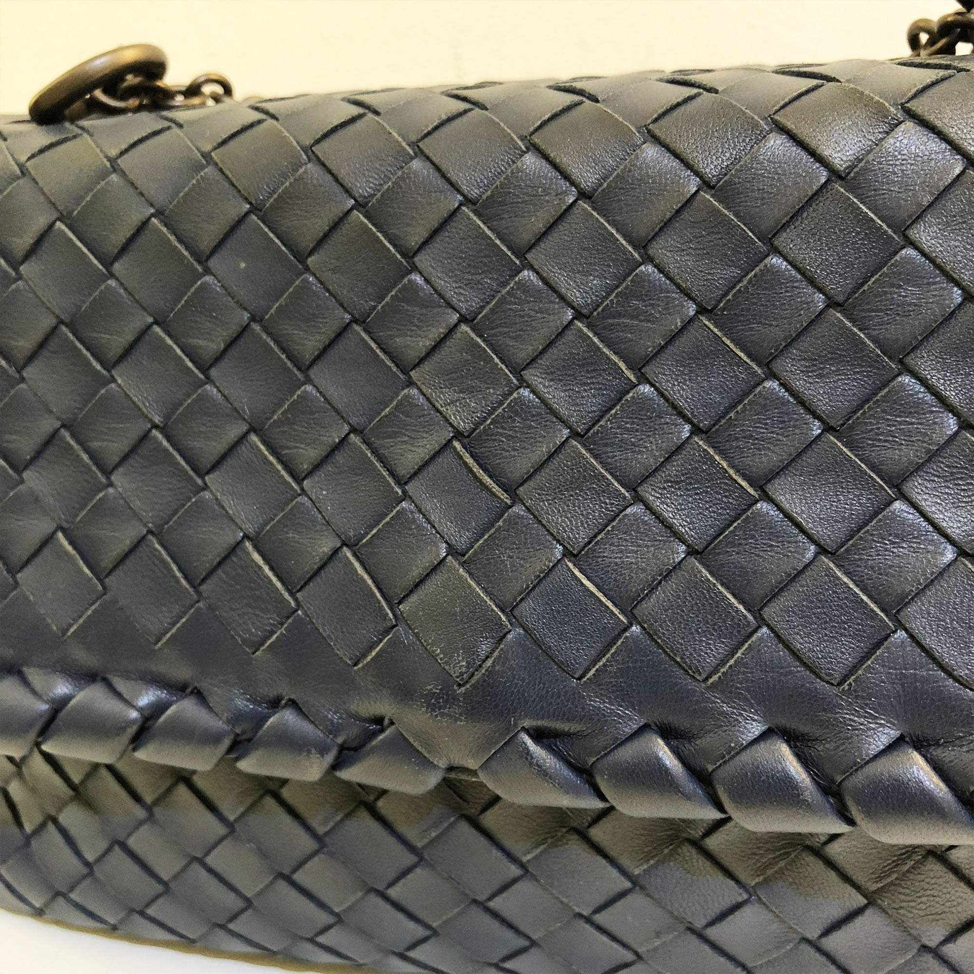 Bottega Veneta Intrecciato Navy Double Chain Shoulder Small Bag