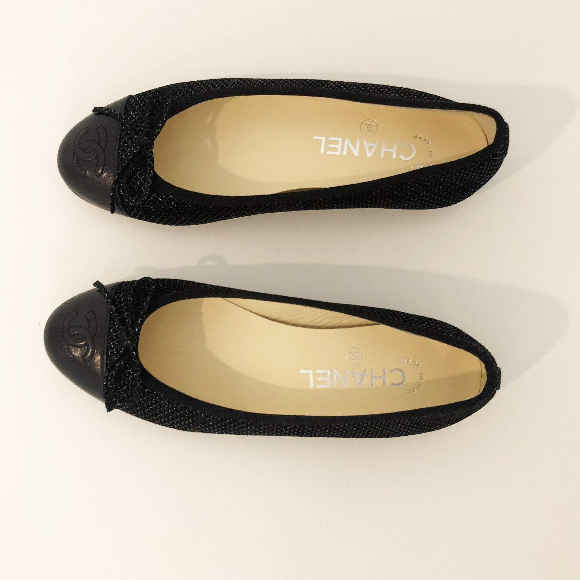 Chanel Black Fabric Ballerinas with glitter Finish