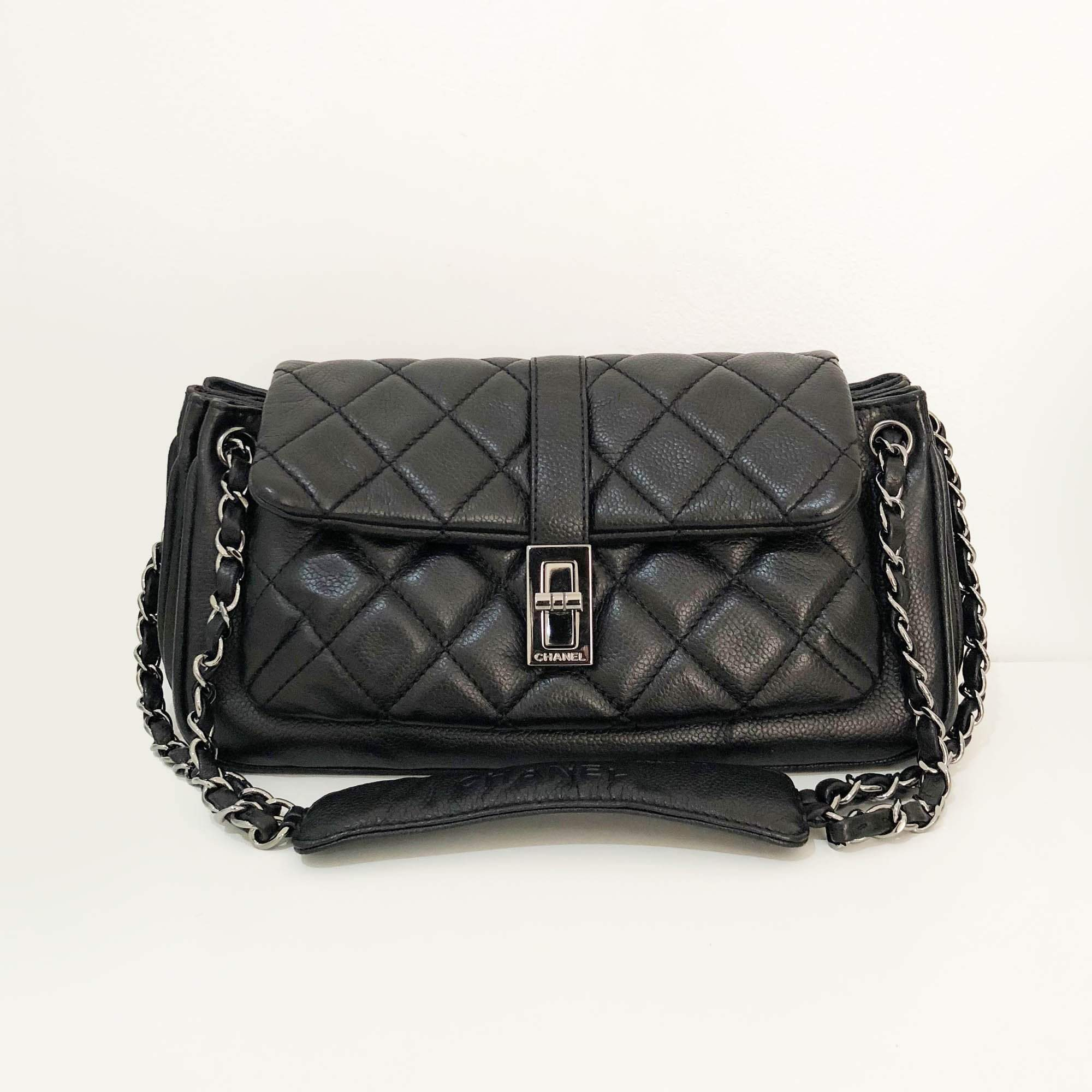 Chanel Vintage Mademoiselle Lock Accordion Quilted Caviar Bag ... efab793613928