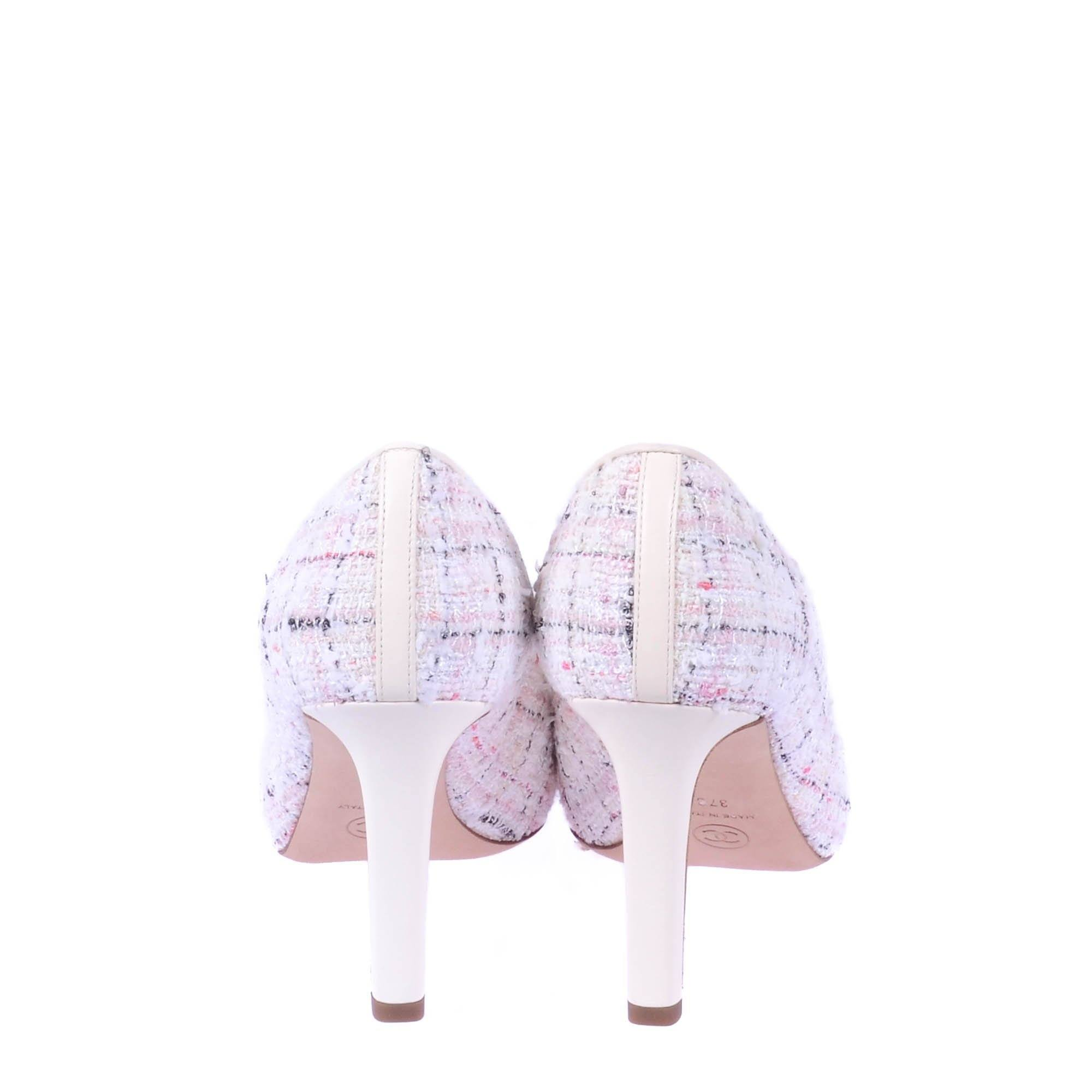 Chanel Light Pink/White Tweed Pumps With Black Cap Toe