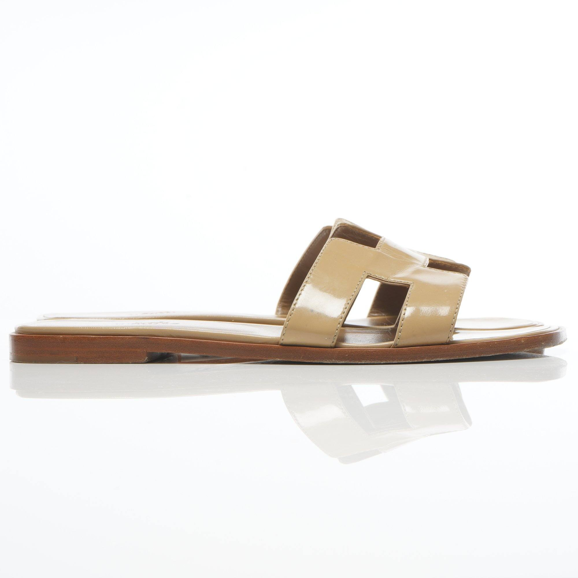 Hermes Nude Oran Patent Leather Slippers